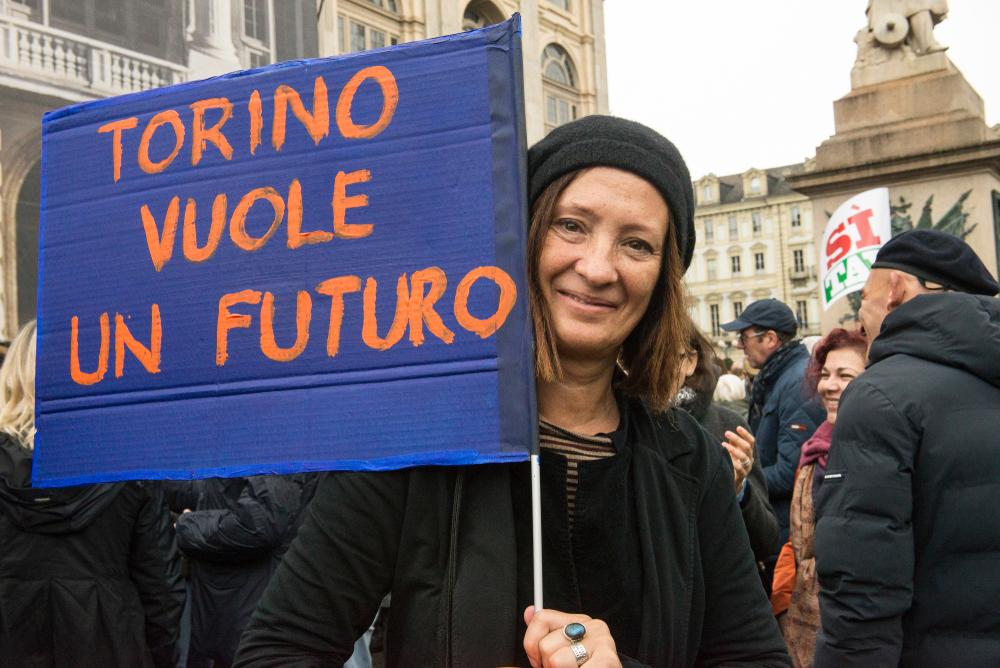 Torino in piazza: vuole un futuro